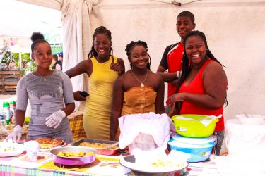 Diverses associations locales proposaient des gourmandises sucrées et salées pour satisfaire toutes les envies...