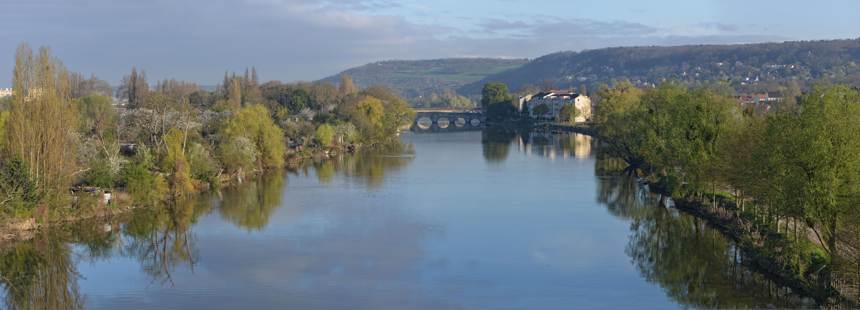 Pont_de_Limay_vu_de_la_Voie_rapide_Limay-Mantes