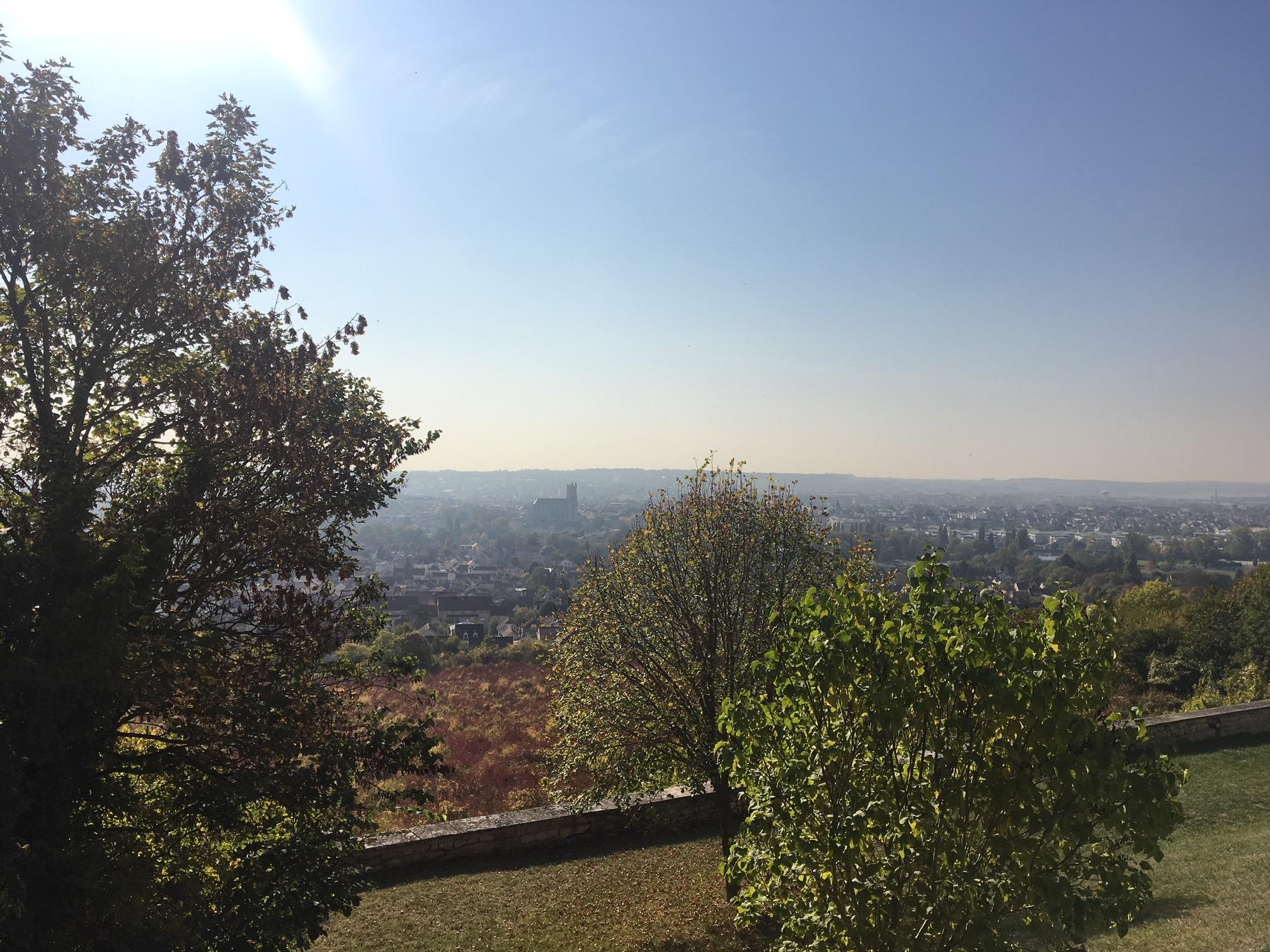 panorama_mantes_vu_chateau_des_celestins